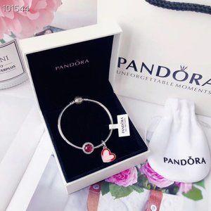 PANDORA Classic Cat Eye ➕ Playful Love Bracelet